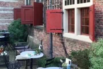 Koffieschenkerij_Amsterdam_wall