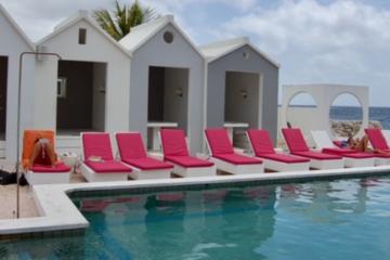 SaintTropezOceanClub_Curacao_wall