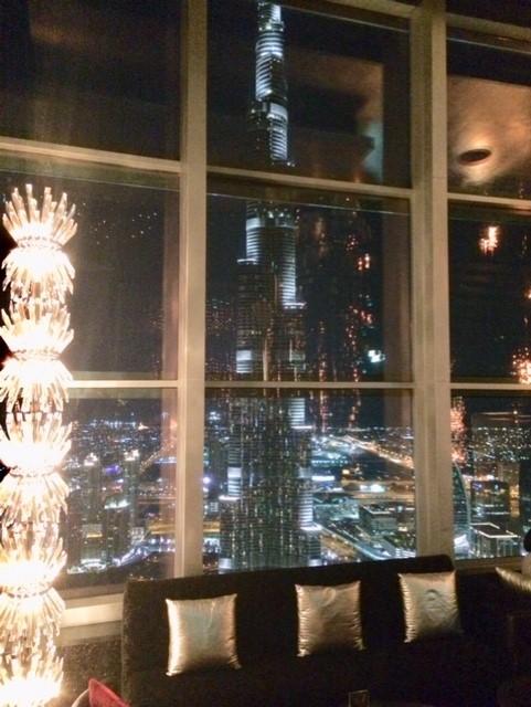 Neos_Dubai_skybar_uitzicht_Burjkalifa